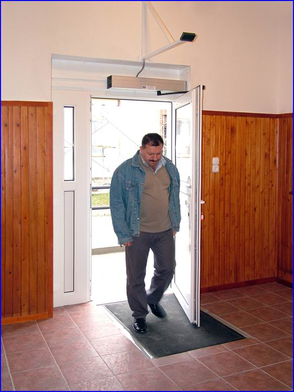 Ajtónyitó referencia - Dunaharaszti Művelődési Ház