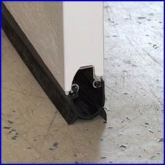 DITEC ipari kapu padlóra záródó alsó gumitömítése