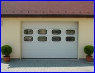 Ipari kapu raktárakhoz és társasházi teremgarázsokhoz is
