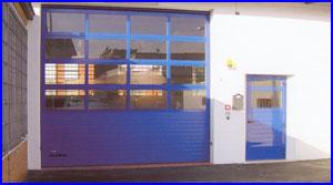 ECOTOR ipari kapu egyedi színekben és mellékajtóval is