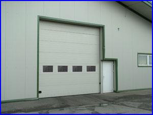 ECOTOR ipari kapu sz�gletes ablakokkal