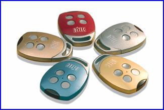 Színes DITEC távirányítók ipari kapunyitó automatikákhoz is