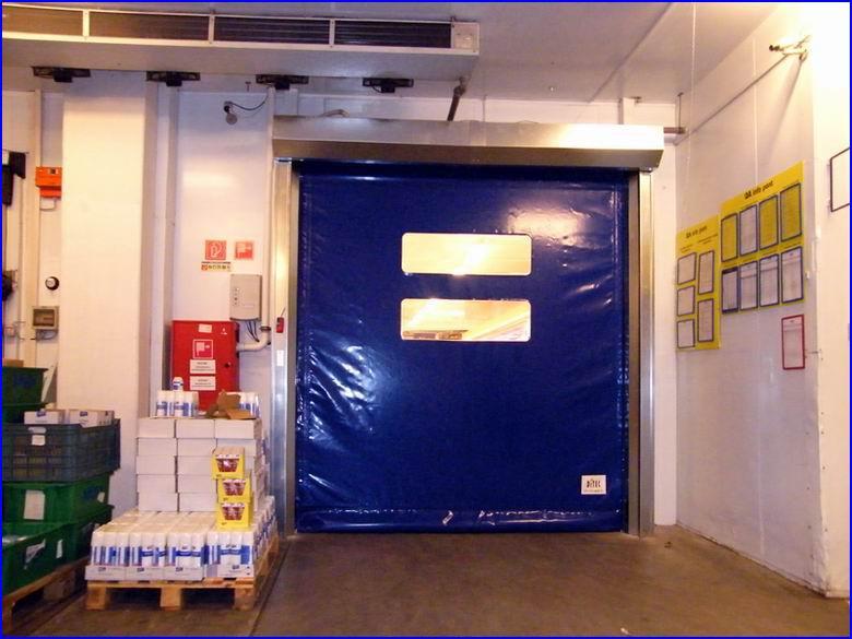 Ipari gyorskapu referencia - Metro áruház Szombathely