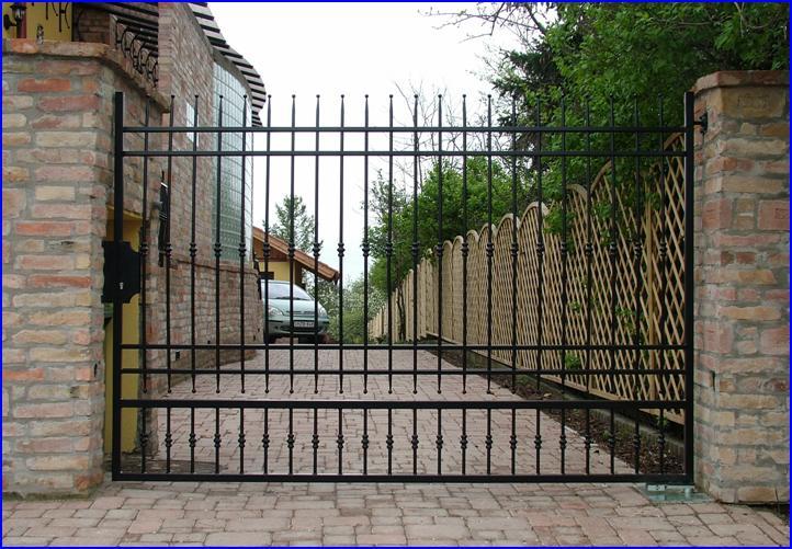 DITEC CUBIC süllyesztett kapunyitó egyszárnyú kapun