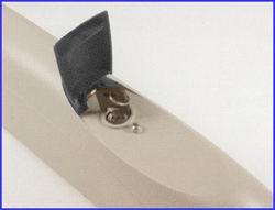 A LUXO kapunyitó áramkimaradás esetén kulccsal kioldható