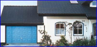 Hörmann garázskapu egyedi kék színben