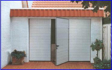 Hőszigetelt Hörmann garázskapuk beépített ajtóval