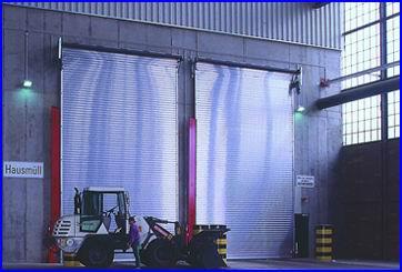 Teckentrup ipari redőnykapu 8 méteres magasságig bármilyen egyedi méretben
