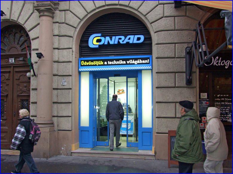 DITEC automata ajtó a Conrad Electronic szaküzletében