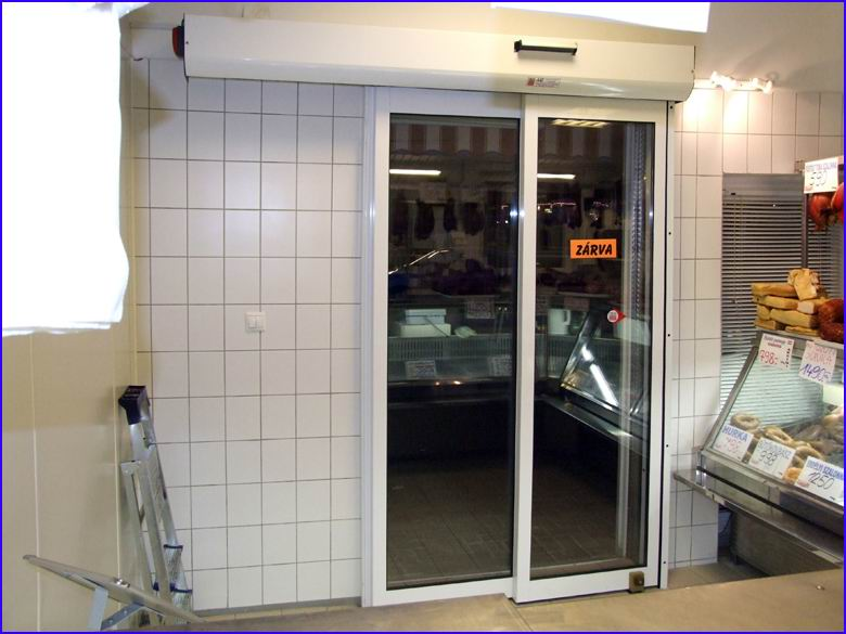 Automata ajtó referencia - Húsbolt, Lőrinci piac