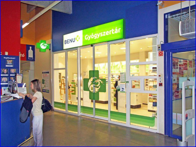 Automata ajtó és üvegportál referencia - Benu Gyógyszertár Paks Tesco áruház