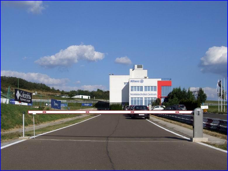 Sorompó referencia - Tanpálya Kft Vezetéstechnikai Centrum